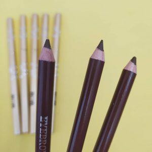 مداد ابرو بدنه فلزی vov کد۸۲۴۰